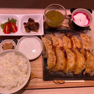 彩定食(ミヤコパンダ)