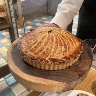 特製ジビエのタルト 2種類のソース(ワイン食堂 ル・プティ・マルシェ (Le Petit Marche))