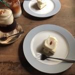 杏仁ベイクレアチーズケーキ