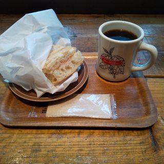 本日のホットサンド(ザ サード カフェ 品川シーズンテラス店 (THE 3RD CAFE))