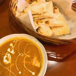 カボチャチーズカレーとチーズナン(インドカレー ナマステ ポカラ )