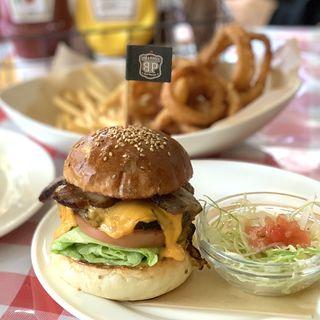 ベーコンチーズバーガー(BBQ&Burger BP)