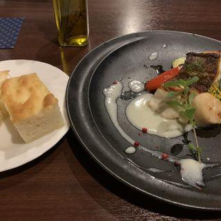 真鯛とホタテのポワレ+フォカッチャパン