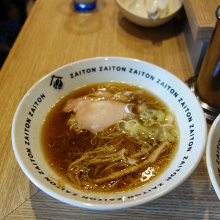 博多醤油拉麺