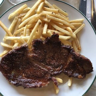 Steak frites/ステーキフリット(オー バカナル 銀座 (AUX BACCHANALES))