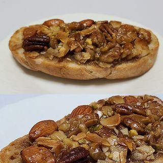 キャラメルナッツのタルティーヌ(BOUL'ANGE 池袋東武店)
