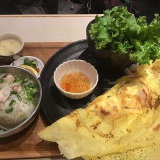 バインセオとミニフォーセット(バインセオ サイゴン 有楽町店 )