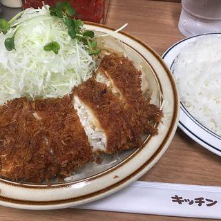 ヒラメフライ生姜焼きセット(キッチン南海 神保町店)
