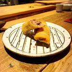 梅山豚と茸、餅の春巻き