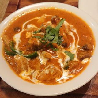 チキンときのこのカレー(Tandori Lunch)(インド料理 アクバル あざみ野店)