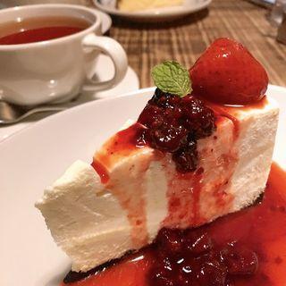 レアチーズケーキ(ホワイトバード コーヒー スタンド (Whitebird coffee stand))
