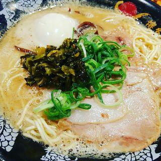 泡系豚骨味玉ラーメン+大人の高菜炒め(博多一幸舎 大阪お初天神店)