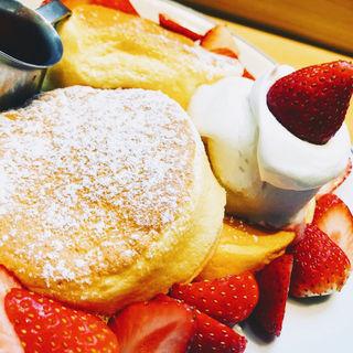 奇跡のフルーツパンケーキ(FLIPPERS 表参道店)