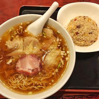 ワンタンラーメン半炒飯(中華料理 太一 (タイチ))
