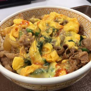 横濱オム牛丼