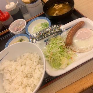 ソーセージエッグ定食(松屋 西新宿8丁目店 (マツヤ))