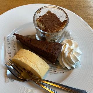 デザートビュッフェ(Prugna+Cafe)