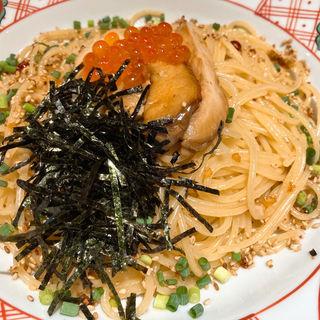 白神あわび茸ステーキと炙り帆立といくらのペペロンチーノ(五右衛門 新宿アルタ店 )
