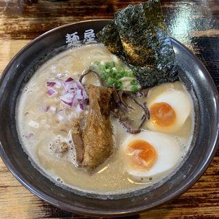 濃厚鶏骨醤油そば(たけいち )