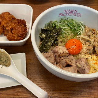 貝混ぜイエロー(貝出汁戦隊 シェルラーマン 関大前店)