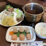 きのこ鍋(四季茸 )