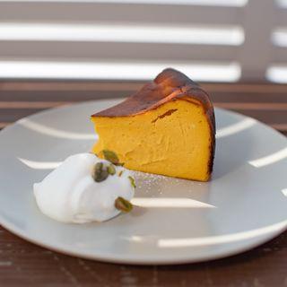 北海道かぼちゃのバスクチーズケーキ(Piece by Piece coffee)