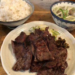 B定食(牛タン1.5人前、牛テールスープ、麦飯)(たん焼き 山梨)