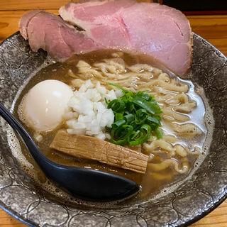 煮干しとしょうゆ(極麺 青二犀 (ゴクメン アオニサイ))