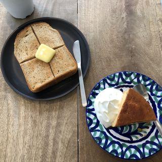 バタートースト、賄いプリン(magome coffee project)