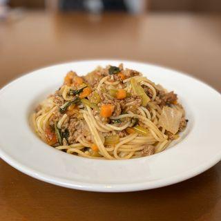 たっぷり旬野菜と三重豚のボロネーゼ風スパゲッティーニ(キッチン&カフェ アルトチェーロ)