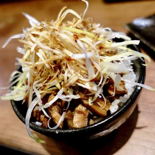 ミニチャーシュー丼(海老鶏麺蔵 )