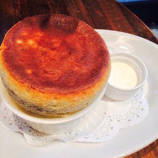 焼きたてスフレ チーズ(ローダーデール)