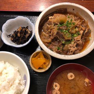 肉豆腐(週替わり定食)(八丁堀 朋)