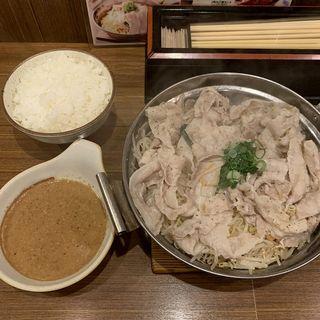 豚もやし定食(豚々亭 (【旧店名:牛亭】))