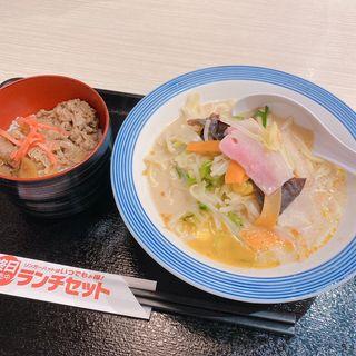 ミニ牛丼セット(リンガーハット 神戸西神中央店)