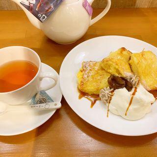 フレンチトーストマロンクリーム添え(季節限定)(にじいろのひつじ)
