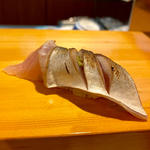 塩〆鯖(にぎり)