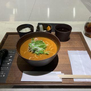 トマトカレーうどん(cuud (クウド))