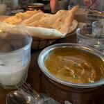 ランチBセット(チキンカレー・野菜カレー)(Sajilo Cafe (サジロ カフェ))