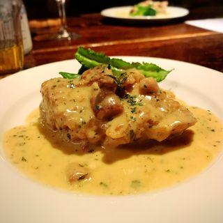 地鶏とポルチーニ茸のクリーム煮込(デル・チャルロ (Del Chalro))