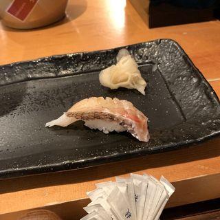 鯛(TAIZUSHI (タイズシ 【旧店名】すしの利行))