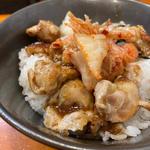 若鶏ハラミ丼(ラーメン 哲史)