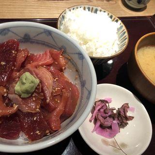 鮪ヅケ丼定食 飯増し