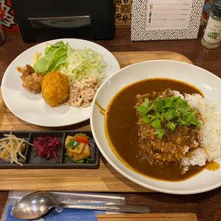 ロブスタースープ ストックカレー&日替わりコロッケ付(俵コロッケ 四谷さくらい)