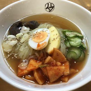 平壌冷麺(平壌冷麺食道園 )