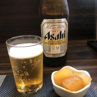 ビール スーパードライ (中瓶)