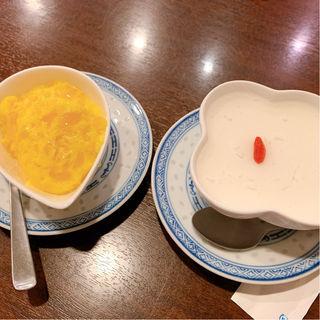 杏仁豆腐とマンゴープリン
