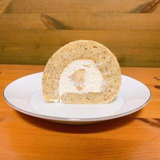 本日のロールケーキ (洋梨)