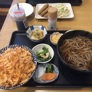 桜エビかき揚げ丼とそば(ごはん屋さくら )