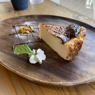 松山バスクチ チーズケーキ